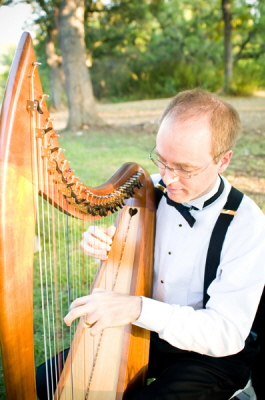 Celtic harp at Kindred Oaks